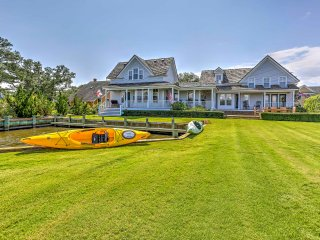 Historic Manteo House on Roanoke Sound w/ Dock!