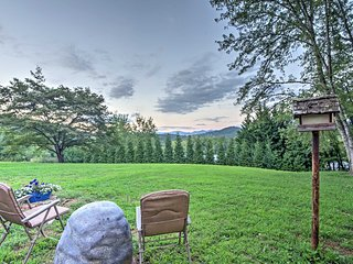 Quiet Cottage w/Mtn Views, 10 Mins to DT Franklin