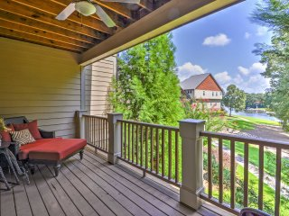 NEW! Charming Lakeside 3BR Eatonton Townhouse!