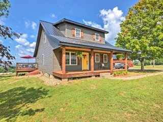 NEW! 3BR Bemus Point House w/Lake Views from Deck!