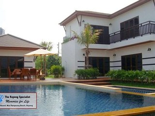 Tropicana Villa 4 bedrooms with private swimmingpool