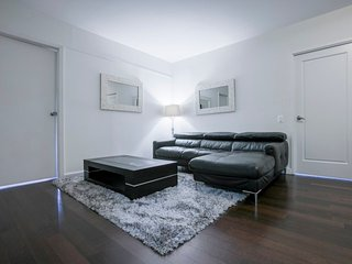 N4B-AMAZING-E 34TH ST.-3BR-2BA-DOORMAN-GYM
