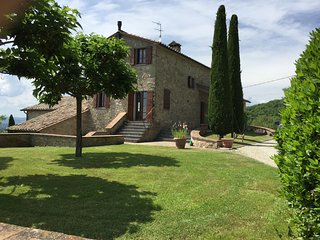 Tuscany/Umbria Border - Exceptional Country House with Pool