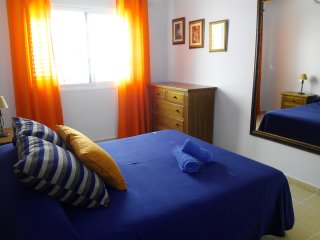 Duplex located in Meloneras. Swimming pool, garage, free WIFI, 2 bedrooms, etc.