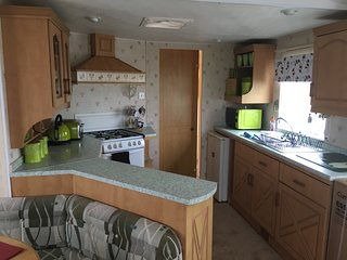8 berth caravan on coral beach ingoldmells