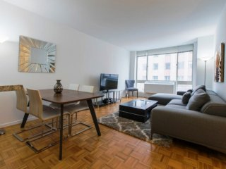 9C-LUXURY 1BR-MIDTOWN WEST APT WITH GYM & DOORMAN