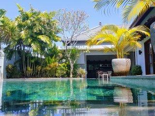 Villa Koru - Luxury 3BR Private Pool Villa in Seminyak