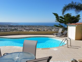 Three Bedroom Townhouse in Peyia 'Sea Views'