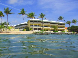 Toe's in the Sand - BEACHFRONT - FALL SPECIAL only $130.00 per night