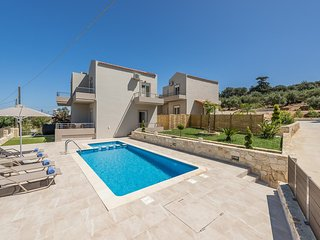 Neaira Villas | Private 3 Bedroom 117sqrm Villa with Pool