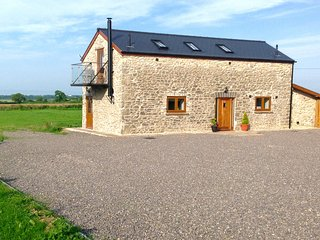 """The Gallops""  Beautiful Cottage, Quiet Rural Setting Great Views- Sleeps 7"