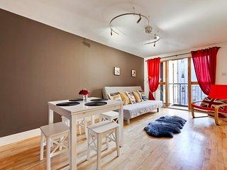 2bed 2bath modern Apartment