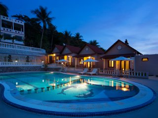 Perfect couple bungalow - Spa & Massage include for 01 person