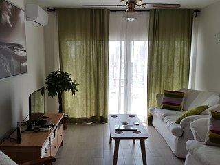 Sunny apartment in Torremolinos. Enjoy it in winter with our offer per months!
