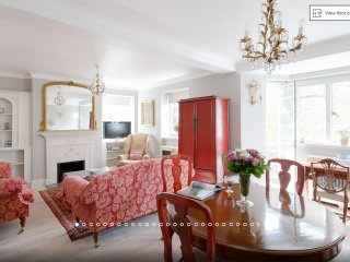 Amazing Value Large Apartment in leafy Kensington
