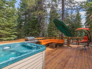 Newly Remodeled in Tahoe Donner with Hot Tub!