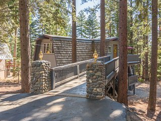 Classic Carnelian Bay - 5 BR w/ Covered Hot Tub!