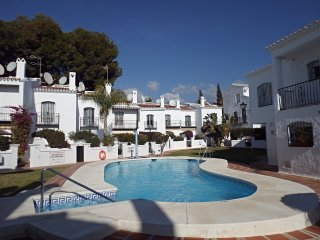 Los Pinos 20-M, House 2 Bedrooms, Pool, Gardens, Close to Burriana Beach