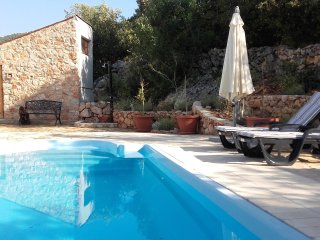 LAVENDER HILL HVAR **** VILLA:PRIVATE POOL,SAUNA, OUTDOOR JACUZZI, 4 BED,3, BAT5