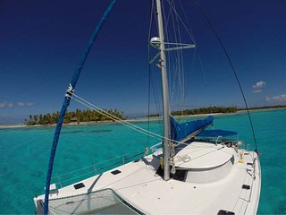 Catamaran Ecocrociere Eco Sailing Charters Polynesia all-inclusive