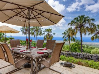 Outdoor Dining with Great Views!