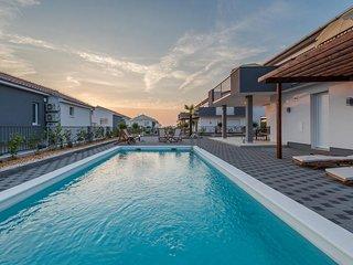 Vile Dalmacija 365 Luxury Villas