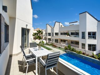 Orange Holiday Housing - Villa Amalia - 34