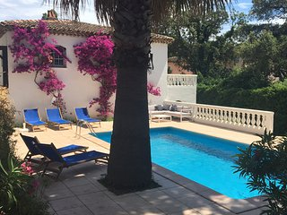 Luxury apartment with private swimmingpool & garden near beach in Sainte-Maxime