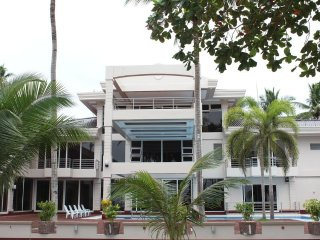 Costa Palawan Resort (Room 10)