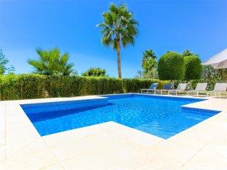 5 bedroom Villa in La Quinta, Andalusia, Spain : ref 5001565