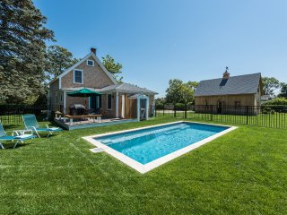 SHANJ - Newly Remodeled Contemporary Farm House,  12 x 26  Heated Pool, Walk to