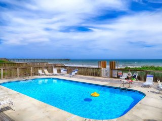 Villas Drive 856 Oceanfront | Community Pool, Hot Tub, Elevator, Jacuzzi, Intern