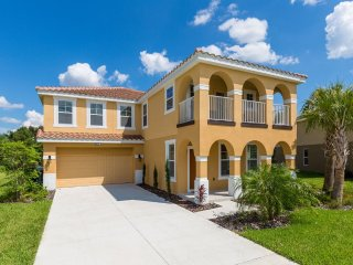 4131 Oaktree Ultimate Top of the Line Home
