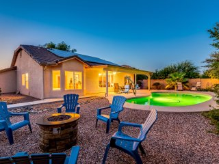 Private Heated Pool and Firepit Surprise Home! 30 Night minimum!