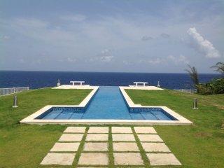 LaCaye - Waterfront villa