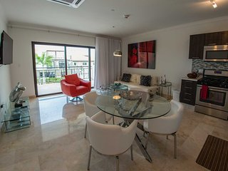 Red Feather Palm One- bedroom condo - 205