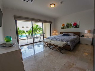 PALM ARUBA CONDOS - Fishtail Palm Two-bedroom condo - PC107 - PALM BEACH
