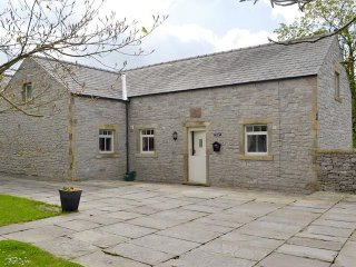 Courtyard Cottage  Over Haddon, near Bakewell, Buxton & Bakewell Area