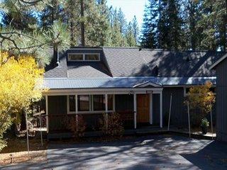 Murphy's 3 Bedroom 2 Bath Home in Lower Tahoe Donner
