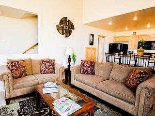 Rim Village Vista 4A8~Spacious condo for your next Moab vacation