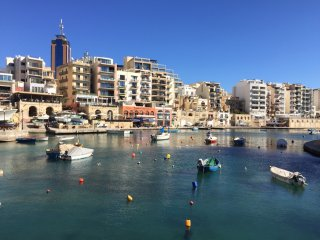 4064. 2BR FLAT WITH BALCONIES IN ST JULIAN'S - SPINOLA BAY