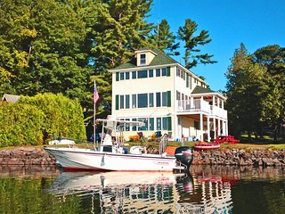 SUNSHINE COTTAGE ON COBBOSSEE LAKE WINTHROP, MAINE