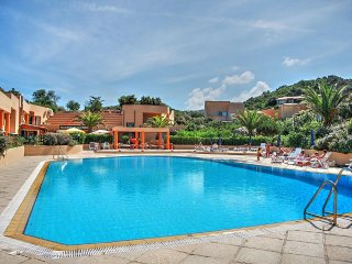 Costa Paradiso Villa Sleeps 4 with Pool - 5456990