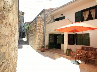 House Violetta Tisno  for 7+1 persons