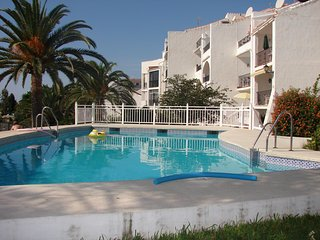 Tuhillo 3B-M, Apt. 4 Bedrooms, Pool, WiFi, A/C, Sea Views