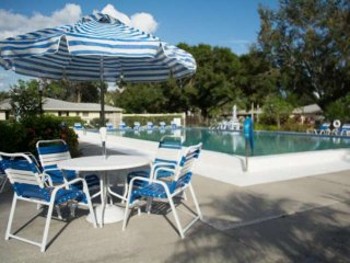 Season Available due to Last Minute Cancellation! Pool, Wifi, Small Dog Okay