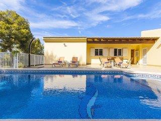 Villa 92 en Cala Vinyes con piscina privada y aire