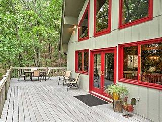 Jasper Home w/Deck & Resort Amenities-Walk to Lake