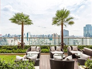 Silom Sathorn Luxury Condo 2Mins to BTS