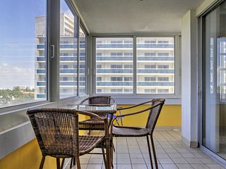 NEW! Beachfront 2BR Fort Lauderdale Condo!